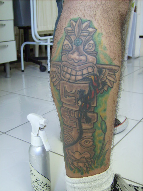 Totem « Momó Tattoo Studio